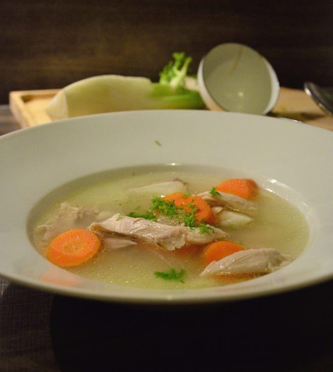 Suppe_Hühner_